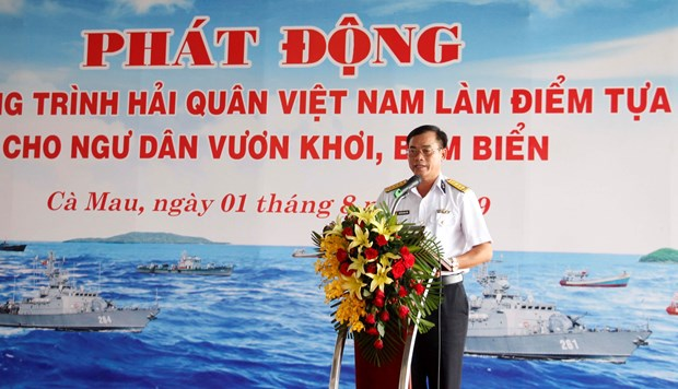 Programme to enhance naval force's support for fishermen hinh anh 1