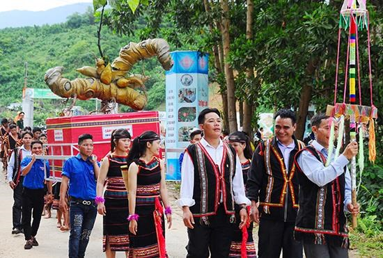 Third Ngoc Linh ginseng festival opens in Quang Nam hinh anh 1