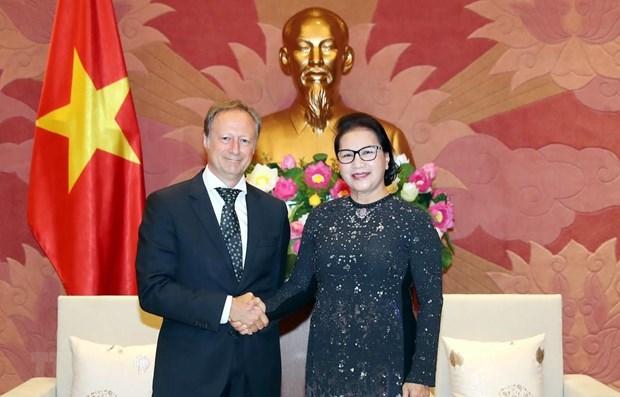 Top legislator bids farewell to EU delegation head hinh anh 1