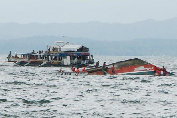 Philippines: 7 dead, 13 missing after boats sink hinh anh 1