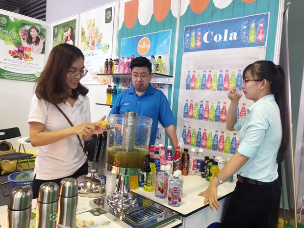 Int'l food, beverage expos open in HCM City hinh anh 1