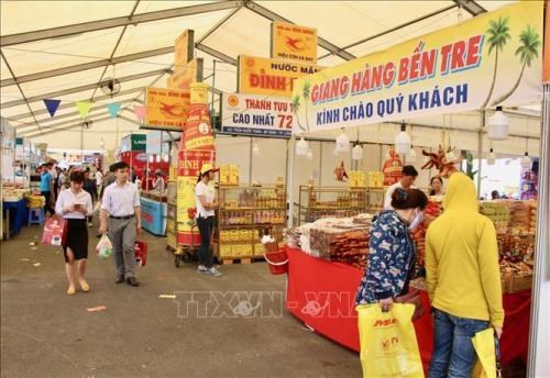Hanoi's Vietnamese goods fair to attract nearly 300 stalls hinh anh 1