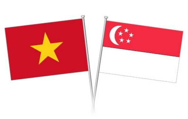Vietnamese leaders congratulate Singapore on National Day hinh anh 1