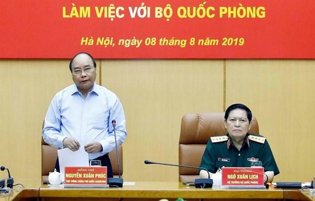 PM Nguyen Xuan Phuc hails defense-purposed land use hinh anh 1