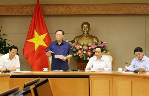 Deputy PM urges construction of houses for the poor hinh anh 1