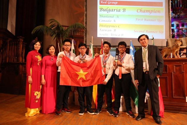 Vietnam enters top 5 at South African Int'l Mathematics Competition hinh anh 1