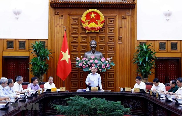 PM chairs meeting of sub-committee on socio-economic affairs hinh anh 1