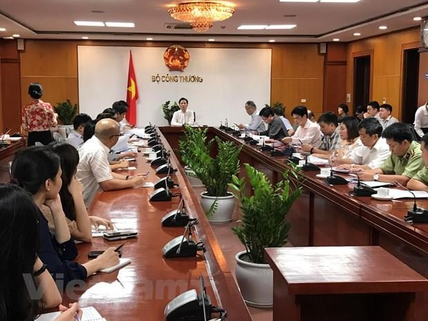 US-China trade war to exert pressure on local production: official hinh anh 1