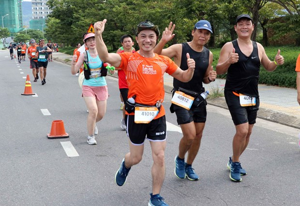 Over 9,000 runners join Da Nang International Marathon 2019 hinh anh 1