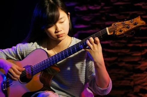Int'l finger-style guitar festival to take place in Hanoi this weekend hinh anh 1