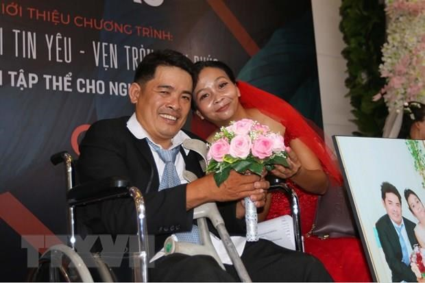 Mass wedding held for couples with disabilities in HCM City hinh anh 1