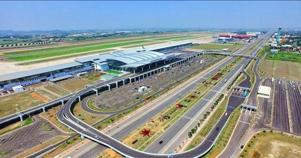 Noi Bai Airport's adjustment plan to be publicised this year hinh anh 1