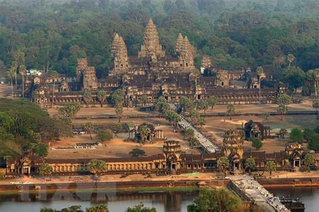 Cambodia tightens regulations to protect Angkor Wat temple hinh anh 1