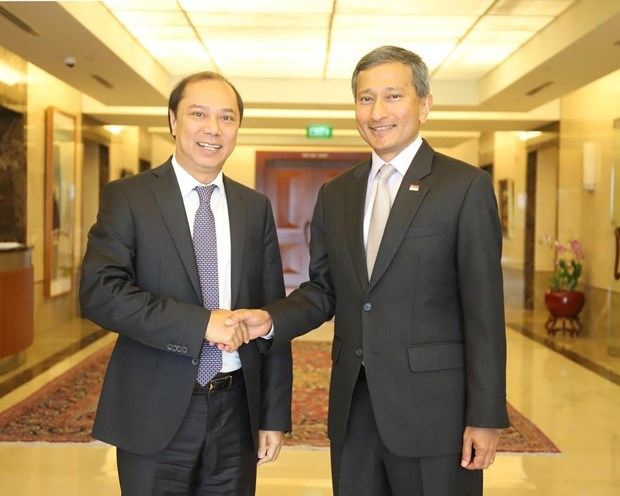 Vietnam, Singapore to further intensify strategic partnership hinh anh 1