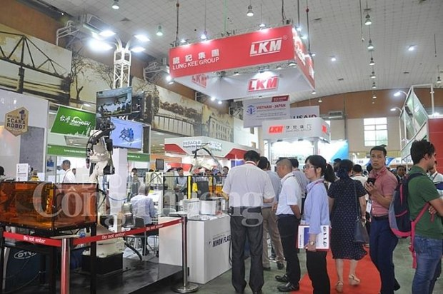 Exhibitions showcase advanced technologies in support industry hinh anh 1
