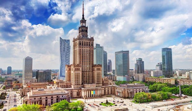 Writing contest helps Vietnamese understand more about Poland hinh anh 1