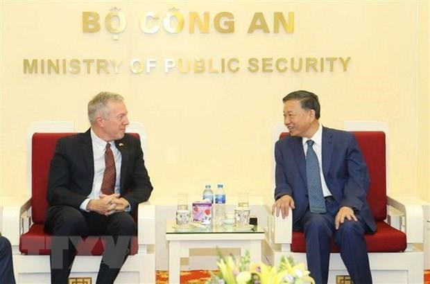 Public security minister affirms support for Google hinh anh 1