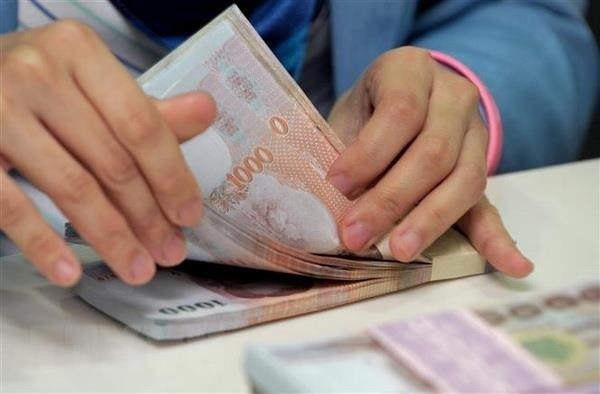 Four major Thai banks cut loan interest rates to spur economy hinh anh 1