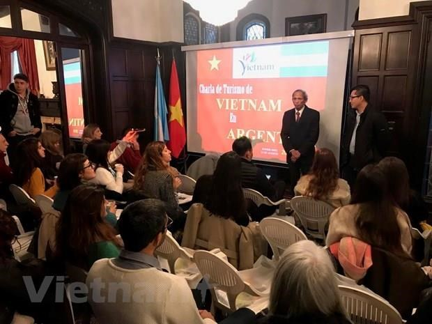 Vietnam promotes tourism in Argentina hinh anh 1