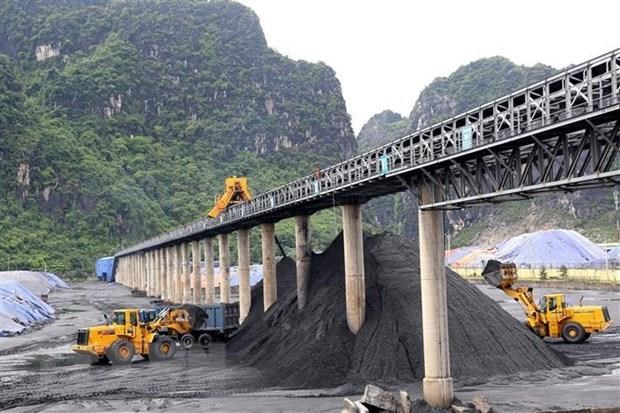 93 SOEs to be equitised by 2020 hinh anh 1