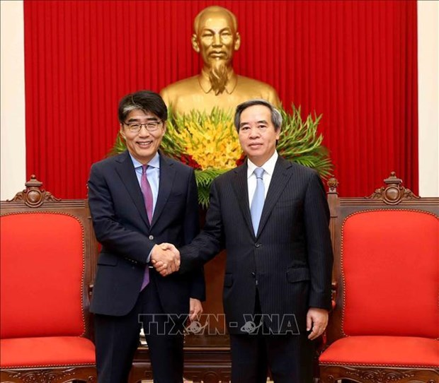Party official receives ILO Country Director hinh anh 1