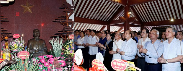 Gov't, NA leaders pay tribute to late President Ho Chi Minh hinh anh 1
