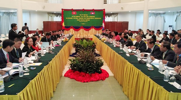 Vietnam, Cambodia seek ways to step up bilateral ties hinh anh 1