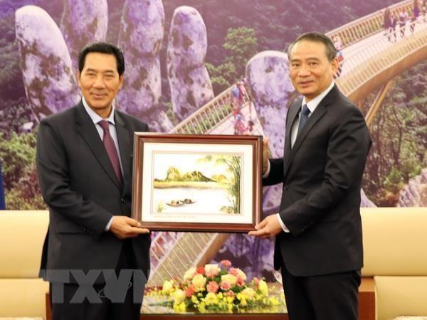 Lao NA Vice Chairman visits Da Nang hinh anh 1