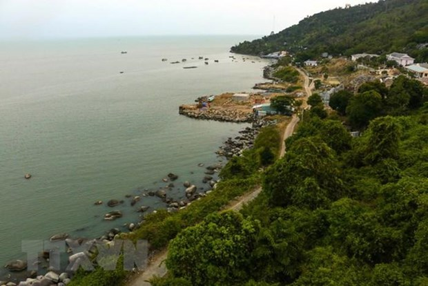 Kien Hai island a major tourist attraction in Kien Giang province hinh anh 1