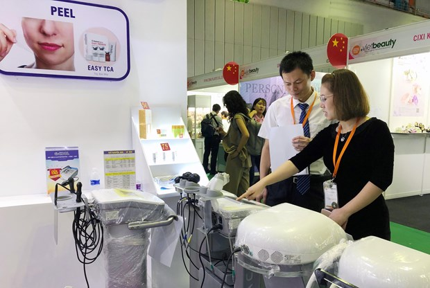 Largest beauty trade show opens in HCM City hinh anh 1