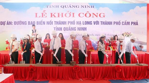 Quang Ninh begins construction of Ha Long-Cam Pha coastal road hinh anh 1