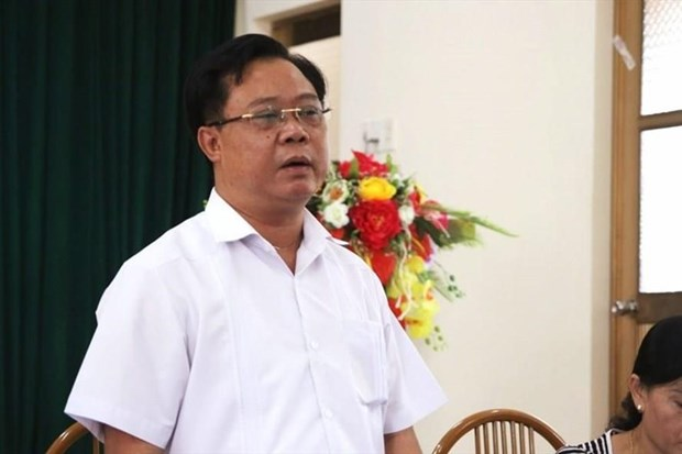 PM metes out disciplinary measures on some officials hinh anh 1