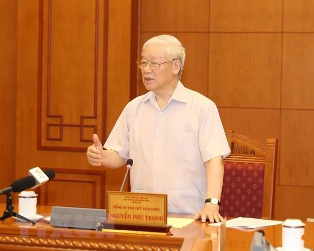 Party leader chairs personnel sub-committee meeting for next congress hinh anh 1