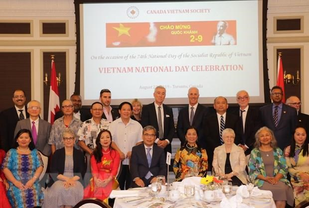 Vietnam's National Day marked in Canada, Hong Kong hinh anh 1