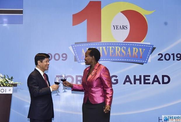 Vietnam, Botswana celebrate 10-year diplomatic relations hinh anh 1