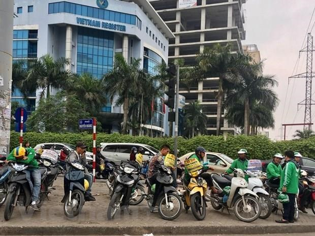 Motorbike taxis must be registered in Hanoi hinh anh 1