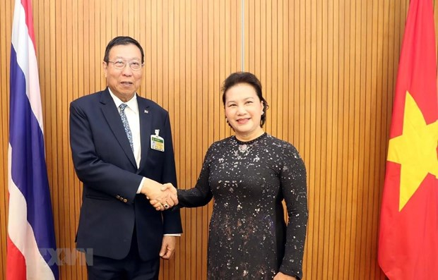 NA Chairwoman meets Speaker of Thai Senate in Bangkok hinh anh 1
