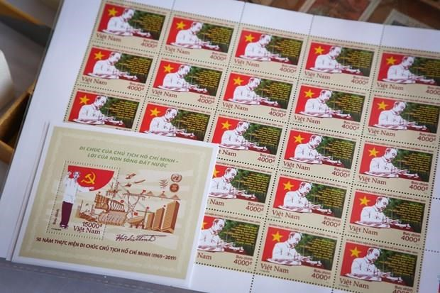 Stamps issued to mark 50 years of late President's testament hinh anh 1