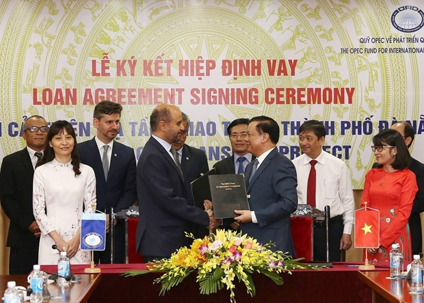 OFID gives loan to transport infrastructure project in Da Nang hinh anh 1