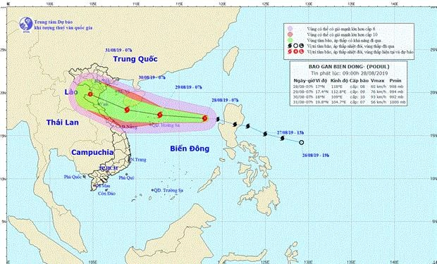 Storm Podul enters East Sea, moves west hinh anh 1