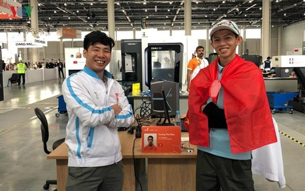Vietnam wins silver medal at WorldSkills 2019 hinh anh 1