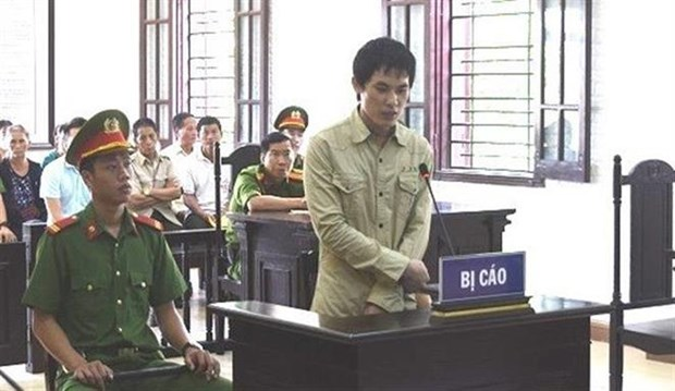 Laos national sentenced to death for trafficking over 300kg of drugs hinh anh 1