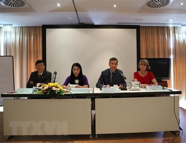 Vinh Phuc promotes investment potential in Germany hinh anh 1