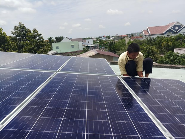 Vietnam to have 2,000MW of rooftop solar power capacity in 2020 hinh anh 1