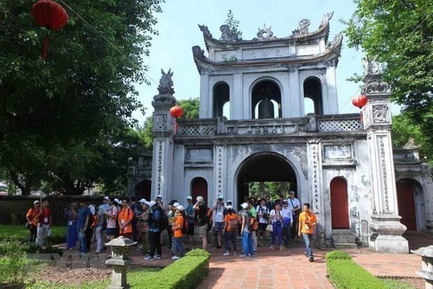 Hanoi greets more than 270,000 visitors during National Day holidays hinh anh 1