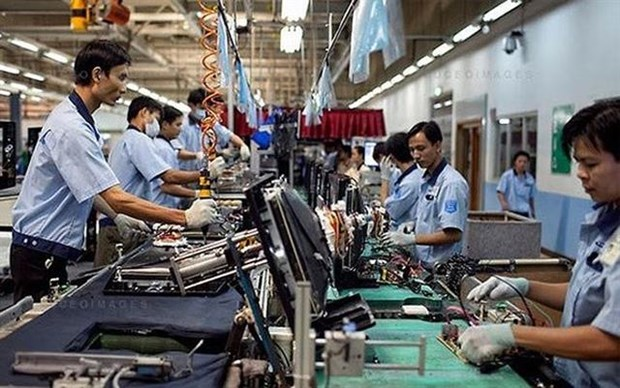 Vietnam's PMI falls to 51.4 in August hinh anh 1