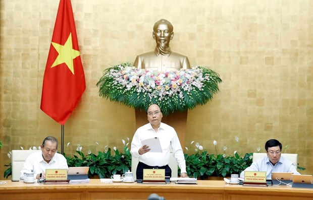 PM orders institutional reform to boost economic growth hinh anh 1