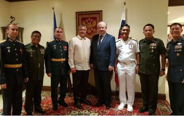 Philippines, Russia expand defence cooperation hinh anh 1