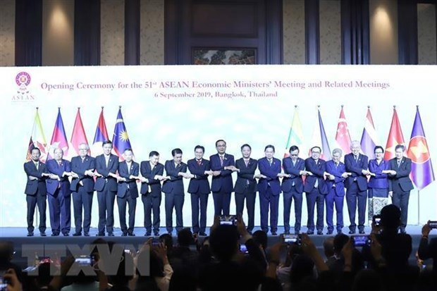 ASEAN economic ministers meet in Thailand hinh anh 1