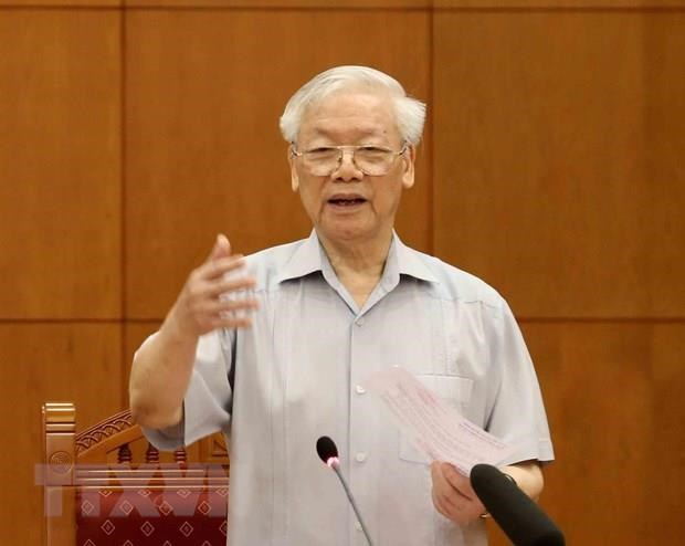 Party chief chairs meeting of sub-committee on 13th Party Congress documents hinh anh 1
